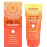 Солнцезащитный крем SPF50+/PA+++ Lunaris Alfredo Feemas Sunblock Cream SPF50+/PA+++