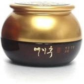 Крем на основе красного женьшеня Yezihu Red Ginseng Cream