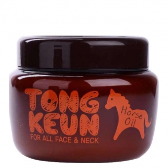 Маска с лошадиным жиром Baviphat Urban Dollkiss Tongkeun Golden Horse Oil Pack