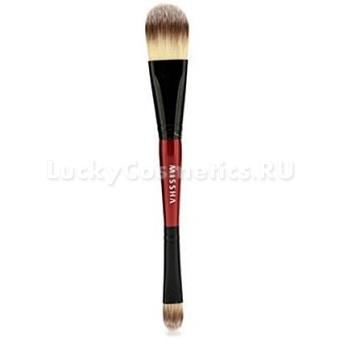 Двустороння кисть для макияжа Missha Foundation & Concealer Dual Brush
