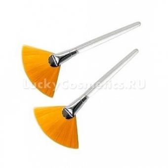 Кисточка для маски веерная Janssen Cosmetics Pack Brush