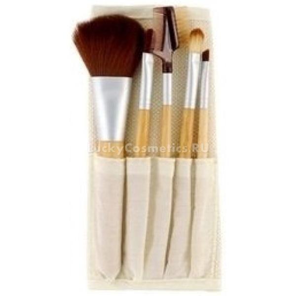 EcoTools  EcoTools Bamboo  piece Brush SetНабор Bamboo 6 piece Brush Set EcoTools - это мобильный набор профессиональных кистей для макияжа. Он содержит 6 кистей необходимых для создания безупречного макияжа. Кисти имеют оптимальный размер и комплектуются удобным хлопковым чехлом, благодаря чему набор можно брать с собой.<br><br>Кисти выполнены из качественных материалов, что способствует правильному нанесению декоративной косметики и ее равномерному распределению.<br><br>В состав набора входит:<br><br>- Кисть для нанесения румян &amp;ndash; Blush Brush<br><br>- Кисть для растушевки теней &amp;ndash; Eye Shading Brush<br><br>- Скошенная кисть для нанесения подводки по контуру глаз &amp;ndash; Angled Eyeliner Brush<br><br>- Кисть для нанесения и распределения консилера &amp;ndash; Concealer Brush<br><br>- Кисточка-расческа для ухода за бровями &amp;ndash; Lash &amp;amp; Brow Groomer<br><br>- Удобный хлопковый чехол<br><br>&amp;nbsp;<br><br>Объём:<br><br>&amp;nbsp;<br><br>Способ применения:<br><br>Нанесите кистью предназначающееся ей средство макияжа на лицо.<br>