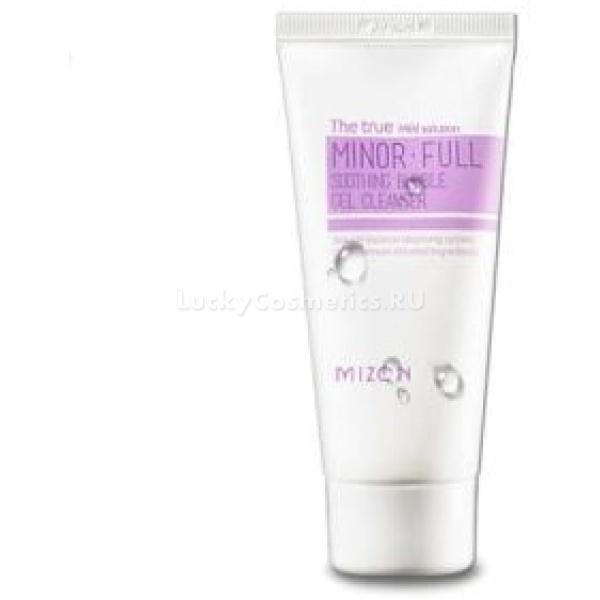 Mizon Minor full soothing bubble gel cleanserДля эффективного смывания макияжа и любых загрязнений на коже идеально подойдет гель-пенка Mizon Minor full soothing bubble, которая быстро очистит поры и удалит самый стойкий макияж, избавит кожу от шелушения без стягивающего эффекта.<br>Данная гель-пенка, в лучших традициях Mizon, на 98 % состоит из природных растительных компонентов, поэтому тонизирует и увлажняет кожу абсолютно безопасно. Любой кожа любого типа после умывания этой пенкой выглядит здоровым и свежим. Благодаря регулярному использованию проходит угревая сыпь, воспаления, раздражения и различные покраснения. Кожа успокаивается, становится душистой, упругой и мягкой.<br>Активные компоненты геля<br>Лавандовая вода – природное бактерицидное средство<br>Масло бергамота – естественный увлажнитель, успокаивает раздражения, убирает сухость и шелушение.<br>Экстракт розмарина – регулирует работу кожных желез так, чтобы сухая кожа интенсивнее смазывалась их секретом, а для жирной - наоборот.<br>Экстракт зеленого чая помогает активизировать циркуляцию крови в мелких капиллярах, что насыщает клетки питательными веществами и восстанавливает отвод отходов их жизнедеятельности – исчезает отечность, налаживается иммунитет.<br>Экстракт тимьяна подкрепляет антисептическое действие.<br>Экстракт фенхеля – помогает наладить водный обмен, благодаря чему устраняются мелкие морщинки и пропадает угревая сыпь.Объём: 60 млСпособ применения:Умойтесь теплой водой, затем выдавите небольшую каплю пенящегося средства и нанесите на лицо, растирая массирующими движениями. Вспенившейся смесью умывайте лицо, продолжая массаж, несколько секунд. После чего смойте пенку теплой водой.<br>