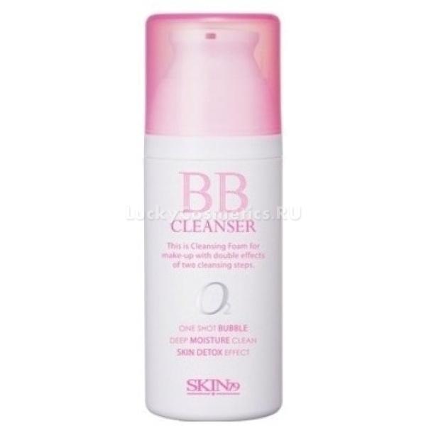 SKIN BB CleanserПенка для удаления ББ крема [SKIN79] BB Cleanser это универсальный продукт, совмещающий в себе гидрофильное масло и пенку для умывания. Пенка прекрасно справляется с любыми загрязнениями кожи лица, в том числе с бб кремом и влагостойким макияжем. Средство имеет гелевую структуру, которая после попадания на кожу лица и реакции с кислородом начинает вспениваться, превращаясь в нежнейшую воздушную пену, одновременно, оказывая легкий массажный эффект.<br><br>Преимущество этой пенки в том, что она способствует насыщению кожи кислородом, стимулирует микроциркуляцию крови, пробуждает и повышает ее тонус. Средство деликатно отшелушивает кожу, увлажняет и предотвращает ее пересушивание и шелушение, обеспечивает более легкое, ровное нанесение тональных основ и пудры.<br><br>Благодаря специальному растительному комплексу обеспечивается глубокое увлажнение, смягчение и насыщение кожи кислородом. Растительный коллаген обеспечивает упругость и подтянутость кожи, а активное поступление кислорода наделяет кожу лица здоровьем и красивым румянцем.<br><br>Продукт абсолютно безопасен, дерматологически протестирован и не содержит вредных компонентов: продуктов животного происхождения, искусственных красителей и минерального масла.<br><br>&amp;nbsp;<br><br>Объём: 100 мл.<br><br>&amp;nbsp;<br><br>Способ применения:<br><br><br>Нанесите пенку на увлажненную кожу, и равномерно распределить по всей поверхности лица.<br>Через несколько секунд средство начнет само вспениваться, после этого мягко помассируйте кожу, и смойте остатки теплой водой.<br>