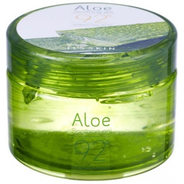 Its Skin Aloe  Soothing GelПрозрачный нежный гель с легким цветочным ароматом. При соприкосновении с кожей &amp;laquo;тает&amp;raquo;, легко наносится и равномерно распределяется. Впитывается за несколько секунд, не образует липкой пленки, надолго оставляет ощущение комфорта и увлажненности.<br><br>Гель Aloe 90% от It&amp;#39;s Skin - это многофункциональное средство. Он разработан для экстренной помощи пересушенной коже, может быть использован для глубокого увлажнения сухой кожи локтей и коленей, ежедневного ухода за проблемной и жирной кожей, как антиожоговое средство при длительном воздействии ультрафиолетовых лучей.<br><br>Гель на 90 % состоит из сока алоэ, известного своими заживляющими и увлажняющими свойствами. Soothing Gel обладает широким спектром действия, благодаря чему быстро решает проблемы любого типа кожи:<br><br>- контролирует выделение жира, снимает воспаления, удаляет акне и угревую сыпь на жирной и проблемной коже;<br><br>- увлажняет, повышает эластичность и упругость сухой кожи;<br><br>- действует как смягчающее средство для нормальной кожи.<br><br>Эффективно нормализует водный баланс, активизирует кровоснабжение клеток, улучшает их регенерацию. Подходит для кожи лица, в том числе и для особо чувствительной зоны вокруг глаз, рук и тела.<br><br>&amp;nbsp;<br><br>Объём: 200 мл.<br><br>&amp;nbsp;<br><br>Способ применения:<br><br>Нанести гель на сухие участки кожи, равномерно распределить и дать впитаться 3-5 минут.<br>
