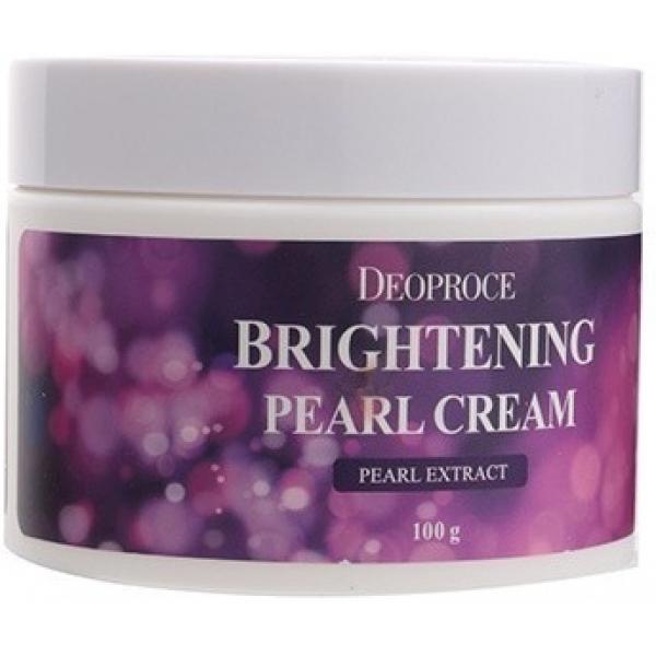 Deoproce Moisture Brightening Pearl CreamОмоложение кожи, ее красота и здоровое сияние, как будто идущее изнутри, - все это обеспечит Moisture Brightening Pearl Cream, разработанный и выведенный на рынок компанией Deoproche.<br><br>Средство содержит в своем составе мельчайший жемчужный порошок. В нем присутствуют незаменимые аминокислоты и минералы, благодаря наличию которых кожа приобретает красоту и здоровье. Клетки дермы получают энергию, они скорее восстанавливаются, а это, как известно, залог омолаживающего эффекта.<br><br>Кроме того, жемчуг является природным антиоксидантом. Он бережно защищает кожу от воздействия ультрафиолета, не допускает проявления признаков фотостарения.<br><br>Еще одно его положительное влияние &amp;ndash; сокращение пигментных пятен и восстановление здорового цвета кожи. Вместе с этим становятся менее яркими веснушки и следы от акне, если они имеются.<br><br>Используйте крем с жемчужным порошком регулярно, и вы быстро заметите результат.<br><br>&amp;nbsp;<br><br>Объём: 100 г<br><br>&amp;nbsp;<br><br>Способ применения:<br><br>Нанесите крем с жемчужным порошком на кожу лица после всех мероприятий по уходу.<br>