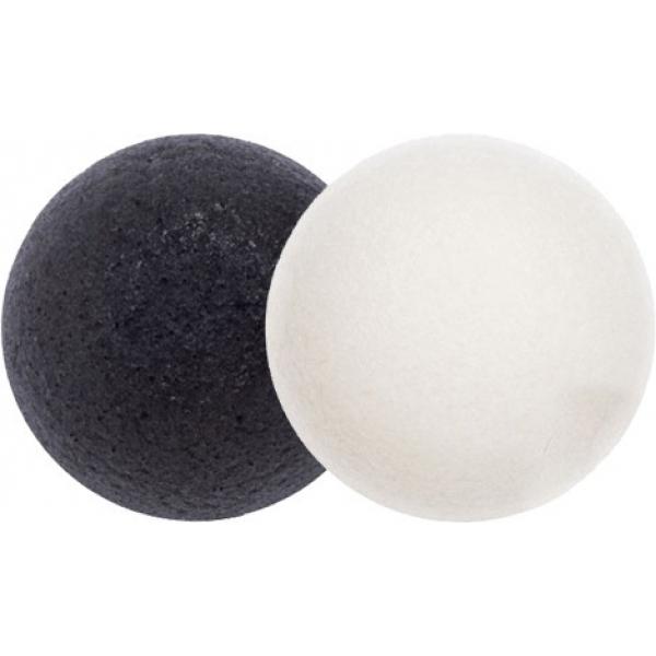 Missha Natural Konjac Cleansing PuffСпонж конняку от бренда Missha предназначен для тщательного очищения кожи лица от загрязнений. Изготовлен из корня растения конняку, произрастающего в Восточной Азии. В линейке представлены спонжи двух видов &amp;ndash; Bamboo Charcoal (черный) и White Clay (белый) удобной круглой формы. Благодаря содержащемуся в них компоненту, спонжи идеально очищают кожу от загрязнений, полируют ее, мягко отшелушивают отмершие клетки, чистят поры, удаляют черные точки и препятствуют их повторному появлению. Также они борются с вредными бактериями и предотвращают образование прыщей, улучшают микроциркуляцию крови. Рекомендуется использовать спонж Bamboo Charcoal для комбинированной и жирной кожи лица, а спонж White Clay - для чувствительной и склонной к раздражению. Использование спонжа позволяет добиться быстрого положительного результата - кожа лица красивая, чистая и гладкая. Рекомендуется каждые 3 месяца заменять спонж на новый во избежание снижения его эффективности, а также для предотвращения размножения микробов. Можно использовать спонж конняку вместе со средством для умывания, либо без него, но не чаще 3-4 раз в неделю.<br><br>&amp;nbsp;<br><br>Объём: 1 шт.<br><br>&amp;nbsp;<br><br>Способ применения:<br><br>Перед применением следует хорошенько смочить спонж водой. Если используется средство для умывания, то его нужно тщательно вспенить. После использования спонж промыть водой и повесить сушиться в хорошо проветриваемом помещении.<br>