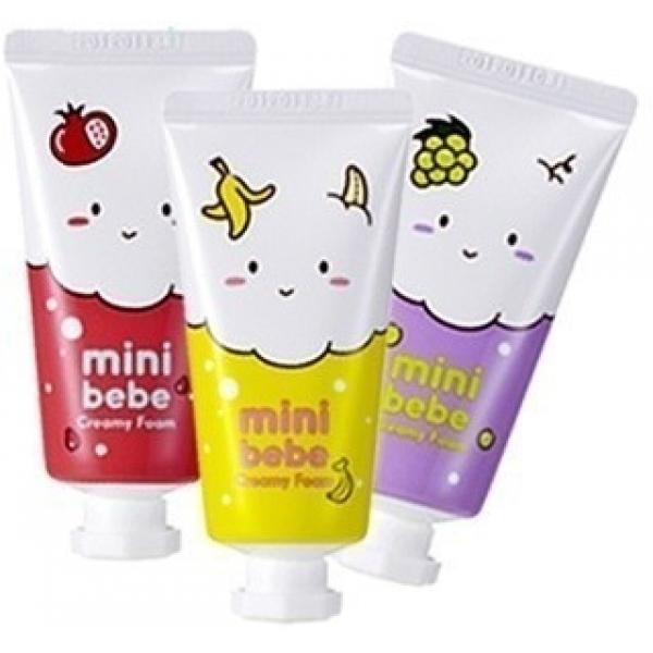 Its Skin Mini Bebe Creamy FoamПенка для умывания мини - формата удобно поместится в Вашей сумочке и сопроводит в отпуске или командировке, чтобы позаботиться о красоте и здоровье кожи. Пенка имеет &amp;laquo;воздушную&amp;raquo; текстуру, которая великолепно снимает остатки макияжа, уличную пыль и излишки кожного жира. Кроме того пенка Mini Foam прекрасно тонизирует, успокаивает и очищает поры.<br><br>Несмотря на мини - формат средства хватит на долго, благодаря тому, что оно отлично пенится, достаточно нанести всего несколько капель.<br><br>Инновационная формула пенки не содержит искусственных красителей, ПАВ и этанола. Натуральные компоненты пенки направлены на восстановление структуры клеток, сужение расширенных пор и очищение от жирного блеска. Полезные молекулы создают невидимый барьер, который защищает клетки от потери жидкости и негативного влияния ультрафиолета. Компоненты Bebe Creamy бережно заботятся о коже, не давая развиваться старению клеток и сохраняя их упругость и тонус.<br><br>Средство подходит любому типу кожи и не вызывает аллергических реакций. После использования, на коже нет чувства &amp;laquo;стянутости&amp;raquo;. Пенка представлена в трех вариантах: с гранатом, виноградом или бананом.<br><br>&amp;nbsp;<br><br>Объём: 30 мл.<br><br>&amp;nbsp;<br><br>Способ применения:<br><br>Нанесите несколько капель средства на ладони и распеньте с водой. Массирующими движениями нанесите на кожу лица, тщательно смойте пенку теплой водой.<br>