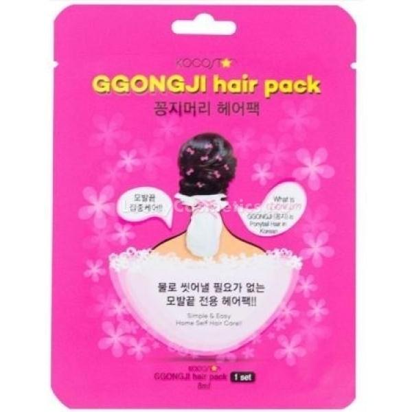 Kocostar Ggongji Hair PackДанная маска является лучшей находкой для обладательниц пересушенных, секущихся и ломких волос. Она представляет собой шапочку, пропитанную концентрированной эссенцией, с содержанием активных веществ. Наличие шапочки в таком продукте является дополнительным достоинством, ведь это благоприятствует максимальному проницанию полезных компонентов эссенции в структуру, обеспечивая ее интенсивное питание и оздоровление. В составе маски такие суперполезные компоненты, как кератин, а также масла оливы и арганы. Кератин, заполняя промежутки в структуре волос, делает их более гладкими, блестящими и сильными. Масло арганы великолепно питает структуру, делая ее блестящей, шелковистой, а также препятствует образованию секущихся кончиков. Масло оливы обладает регенерирующим эффектом, а также великолепно увлажняет волосы, предупреждая ломкость. Применение такого продукта окажет экстраоздоравливающий эффект на сухие волосы, делая их напитанными, увлажненными, сильными и блестящими по всей длине. Побалуйте ваши волосы эффективным корейским уходом, применяя эту маску от бренда Kocostar!<br><br>&amp;nbsp;<br><br>Объём: 1 шт.<br><br>&amp;nbsp;<br><br>Способ применения:<br><br>На чистые влажные волосы требуется надеть шапочку-маску, закрепив ее, и оставить для работы на 20 минут, после чего удалить водой.<br>