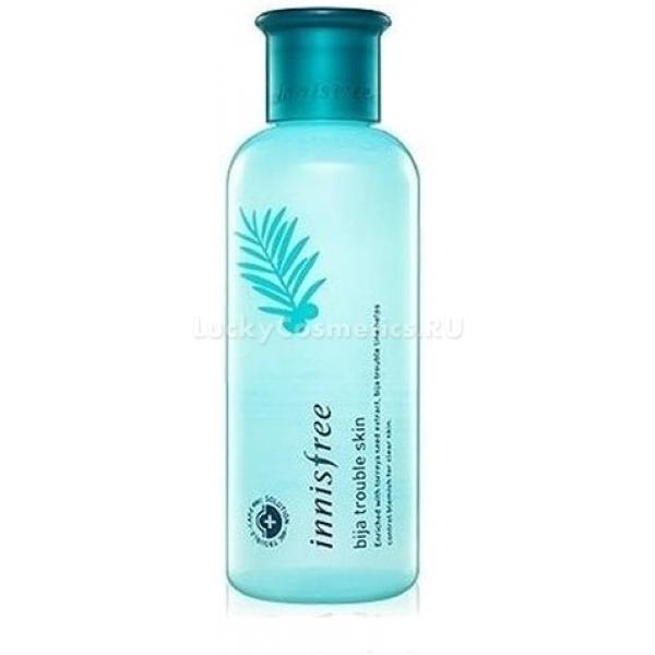 Тоник Innisfree Bija Trouble SkinBija Trouble Skin – тонер для ухода за проблемной кожей на основе экстракта торреи и других вспомогательных растительных компонентов. Продукт создан корейским брендом Innisfree и представляет собой мягкое жидкое средство.<br>Главный компонент тонера – экстракт хвойного дерева торреи. В составе продукта используются главным образом семена растения, содержащие полезные для кожи масла и кислоты. Торрея – отличный антисептик. Она дезинфицирует ранки и воспаления и способствует их быстрому заживлению. Благодаря торрее ускоряется обмен в клетках кожи, снижается выделение кожного сала, за счет чего и сокращается количество прыщей на лице.<br>Другие растительные экстракты в составе тонера усиливают мощный эффект торреи. Благодаря тому, что при создании продукта используются только натуральные ингредиенты, эффект от него наблюдается почти сразу.Объём: 200 мл.Способ применения:Нанести тонер на все лицо с помощью ваты или ватного диска. Желательно избегать зоны вокруг глаз.<br>