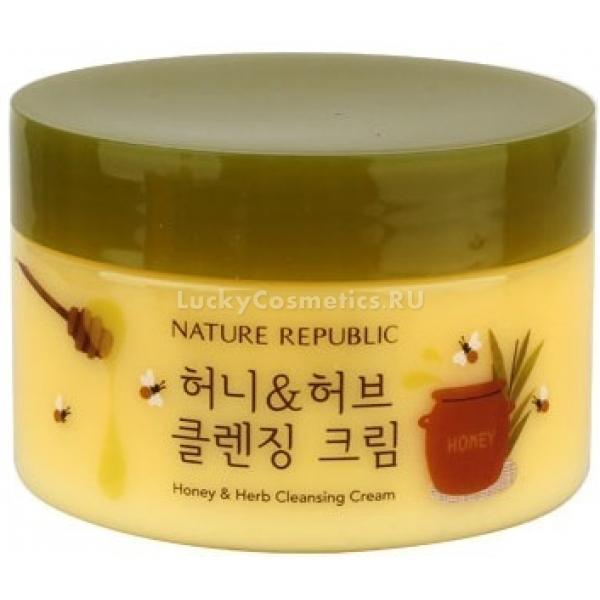 Nature Republic HoneyampHerb Cleansing CreamПрекрасно очищающий кожу крем от корейской марки Nature Republic богат содержанием высокоактивных ингредиентов, которые интенсивно наполняют каждую клеточку кожи полезными веществами, витаминами, увлажняя ее и препятствуя возникновению сухости и шелушений.<br><br>Honey&amp;amp;Herb Cleansing Cream подойдет даже для самой чувствительной кожи. Он рекомендуется прежде всего обладательницам сухой и обезвоженной кожи лица.<br><br>Средство интенсивно борется с различными видами загрязнений, очищает поры, удаляет излишки кожного сала и мертвые клеточки. Он придает коже упругость и наделяет ее нежным сияющим эффектом.<br><br>Мед богат содержанием воды, витаминов, минералов, аминокислот и других ценных микролементов. Он оказывает прекрасное антибактериальное действие на кожу, препятствуя возникновению воспалительных процессов. Мед интенсивно наполняет кожу питательными веществами и влагой на глубоких ее слоях. Он ускоряет процессы клеточного обмена и клеточного обновления, а также прекрасно очищает кожу и устраняет с ее поверхности мертвые клеточки.<br><br>Растительные экстракты успокаивают, оказывают антибактериальный и тонизирующий эффект, смягчают кожу и придают ей ровный, здоровый цвет.<br><br>&amp;nbsp;<br><br>Объём: 200 мл.<br><br>&amp;nbsp;<br><br>Способ применения:<br><br>Наносить на кожу массажными движениями, очищая ее. После этого, крем необходимо смыть средством для умывания с водой.<br>