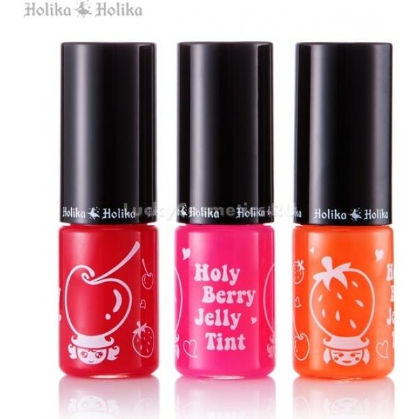 Holika Holika Holy Berry Jelly TintJelly Tint от Holika Holika &amp;ndash; это инновационный продукт корейской косметики, который совмещает в себе свойства легкого бальзама и тинта. Тинт-желе имеет более плотную, желейную текстуру, в отличие от других, водянистых тинтов. Пигмент тинта идеально ложится на губы и придает им насыщенный оттенок и глянцевое сияние, а фибробласты в его составе оздоравливают кожу губ, делают их визуально более пухлыми и манящими. Фруктовые ароматы тинта соответствуют представленным оттенкам:<br><br>1. Вишня &amp;ndash; насыщенный алый оттенок для создания страстного образа роковой женщины;<br><br>2. Лесные ягоды &amp;ndash; легкая розовинка для юных девушек, придает образу свежести и невинности;<br><br>3. Персик &amp;ndash; игриво оранжевый оттенок для летнего образа.<br><br>Фибробласты находятся в дерме кожи и участвуют в синтезе ее структурных компонентов. Благодаря их деятельности кожа становится более упругой и эластичной, поэтому желейный тинт делает ваши губы ухоженными и соблазнительными.<br><br>&amp;nbsp;<br><br>Объём: 8 мл<br><br>&amp;nbsp;<br><br>Способ применения:<br><br>Тинт наносят аппликатором, как блеск для губ, стараясь равномерно распределить средство по коже губ, повторное нанесение требуется для более сочного оттенка или чтобы освежить макияж.<br>