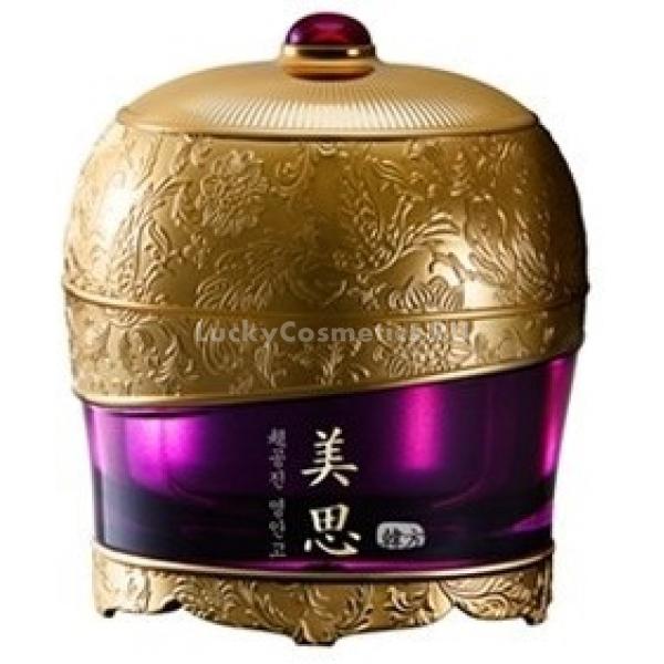 Missha Misa Cho Gong Jin Premium CreamРоскошный Misa Cho Gong Jin Premium Cream, предложенный косметологами Missha, подарит вашей коже anti-age уход премиум-класса. Этот омолаживающий крем обогащен экстрактами азиатских трав, издавна известных своей эффективностью.<br><br>Базу косметической формулы составляет экстракт, получаемый из корней женьшеня. Он оказывает основной омолаживающий эффект, т. к. стимулирует продукцию коллагеновых волокон в коже. Благодаря этому эффекту кожа становится более подтянутой, возвращается здоровый ее тонус. Женьшень также стимулирует деление клеток, в результате достигается эффект обновления.<br><br>Экстракт трутового гриба санхвана &amp;ndash; это также омолаживающий компонент косметического состава. Но, кроме того, он способствует созданию антиоксидантной защиты эпидермального слоя.<br><br>Вытяжка из цветов лотоса отбеливает кожу и осветляет пигментацию.<br><br>Экстракт растения рехмании &amp;ndash; это компонент, который ускоряет доставку питательных микроэлементов к клеткам. Благодаря ему, достигается эффект питания дермальных слоев.<br><br>Этот премиальный антивозрастной крем имеет довольно плотную и тягучую текстуру, но при соприкосновении с теплом кожи он сразу же тает и становится легким бальзамом, который легко впитывается. Средство обладает приятным тонким ароматом.<br><br>&amp;nbsp;<br><br>Объём: 60 мл<br><br>&amp;nbsp;<br><br>Способ применения:<br><br>После этапов очищения, тонизирования кожи и нанесения эссенции или эмульсии используйте антивозрастной крем.<br>