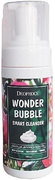 Deoproce Wonder Bubble Smart CleanserМыло и другие очищающие средства для лица могут спровоцировать сухость и реакцию на чувствительной коже. Для обладательниц сухой и гиперреактивной кожи, склонной к раздражениям, отлично подойдет очищающая пенка Wonder Cleanser на основе масла японской розы. Масло камелии обладает легчайшей текстурой, вытягивает загрязнения из пор, но не мешает коже дышать.<br>Пенку из мельчайших пузырьков образует специальный дозатор, поэтому при умывании можно обойтись без специальной сетки или губки. Пенка с маслом камелии Bubble Smart не только хорошо растворяет тушь, пигменты тинта и губных помад, но и увлажняет кожу, питает ее витаминами и антиоксидантами, разглаживает кожные заломы.<br>В процессе очищения пузырьки осуществляют микромассаж кожи и способствуют проникновению полезных ингредиентов в дерму. Средство смягчает кожу и убирает раздражения и неровности тона, обеспечивает антиоксидантную защиту и восстановление от ежедневных стрессов.Объём: 150 мл.Способ применения:Наберите пенку с помощью дозатора в ладони и помассируйте ими влажное лицо, уделяя особое внимание участкам с водостойкой косметикой – губам, векам, ресницам. Ополосните лицо теплой водой, чтобы смыть загрязнения с остатками средства и сбрызните кожу мистом.<br>