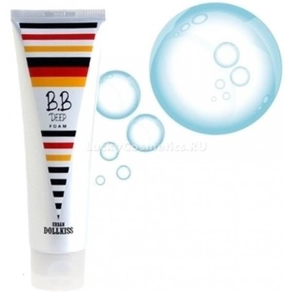 Baviphat Dollkiss BB Deep FoamЗамечательная пенка от Baviphat с легкостью устраняет загрязнения с кожи, а также является прекрасной альтернативой гидрофильному маслу, поскольку удаляет ББ крем. Действующие компоненты пенки активно растворяют ББ крем и полностью смывают его с поверхности кожи. Средство подходит для любой кожи, препятствует высыпанию воспалений, акне, жирного блеска и других серьезных недостатков. Содержит полезный экстракт портулака, обладающий особенным успокаивающим свойством, снимает покраснения.<br><br>&amp;nbsp;<br><br>Объём: 130 мл<br><br>&amp;nbsp;<br><br>Способ применения:<br><br>Вспенить пенку в ладонях, нанести на кожу, помассировать и смыть.<br>
