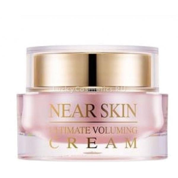 Missha Near Skin Ultimate Voluming CreamРазглаживающий крем – разработка корейских косметологов, предназначенная для ухода за зрелой кожей. NearSkin Ultimate Voluming Cream от Missha поможет сохранить красоту и молодость.<br>Состав крема тщательно проработан. Его основу составляют натуральные компоненты.<br>Так, пептиды запускают процессы синтеза коллагена в кожных покровах. Это помогает создать здоровый тонус. Кроме того, пептиды стимулируют клеточную регенерацию, что важно как для восстановления кожи, так и для ее омоложения. Они также создают антиоксидантную защиту.<br>Кофеин – «энергетический коктейль», необходимый коже. Он дарит упругость и помогает вернуть красивый цвет лица. Кофеин также хорошо сказывается на работе микроциркуляторного русла и лимфооттока, а значит, устраняет отеки и стимулирует питание тканей.<br>Экстракты малины и арники, березовый сок – увлажняющие компоненты состава. Кроме того, они обеспечивают коже здоровый цвет, мягкость и красоту.<br>Вытяжка из морских водорослей наполняет кожу витаминами и коллагеном. Также этот экстракт помогает держать под контролем баланс влаги и устраняет жирный блеск.<br>Со всеми проблемами возрастной кожи поможет избавиться этот разглаживающий крем. Но в тандеме с остальными средствами линейки Near Skin он многократно усилит свои свойства.Объём: 50 млСпособ применения:Нанесите разглаживающий крем как заключительный шаг многоступенчатого ухода за кожей.<br>