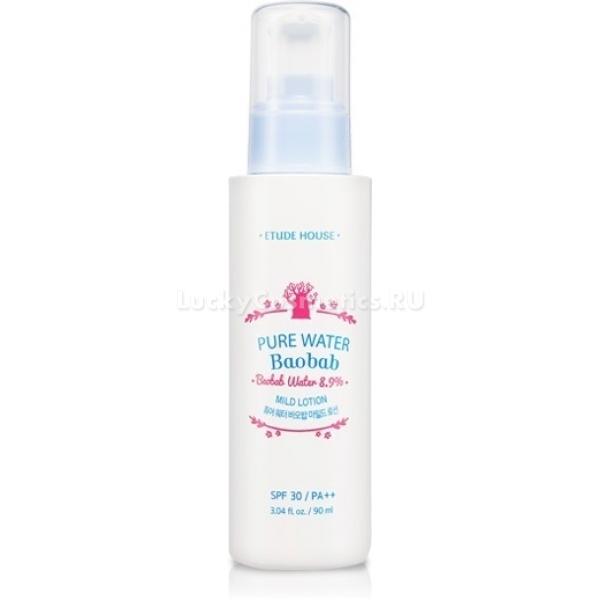 Etude House Pure Water Baobab Mild LotionЛосьон для лица от корейской компании – это качественное ежедневное увлажнение. Как известно, только напитанная влагой кожа может долго оставаться молодой и здоровой.<br>При регулярном использовании средство одарит кожу дополнительными бонусами:<br>устранит шелушения и «облезлые» участки;<br>напитает и смягчит;<br>выровняет тон;<br>снимет раздражения.<br>Особенно яркие и быстрые результаты смогут ощутить обладатели истощенной и обезвоженной кожи. Также суперувлажняющее средство может быть использовано для ухода за проблемной кожей, поскольку не забивает протоки сальных желез и позволяет коже дышать.<br>Лосьон содержит UV-filter SPF30 PA++, который оберегает кожу от фотостарения. Экстракт семян моринги и баобаба насыщают клетки кислородом, устраняют землистый цвет лица, возвращают эластичность. Прессованное масло семян подсолнечника разглаживает и смягчает кожу, защищает от физических факторов внешней среды.Объём: 90 млСпособ применения:Лосьон нанесите круговыми движениями на кожу. Проблемные участки проработайте более интенсивно.<br>