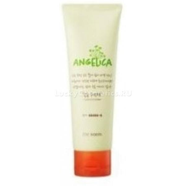 The Saem Angelica Chock Chock Sleeping PackУвлажняющая ночная маска, содержащая органический экстракт ангелики и гиалуроновую кислоту – это просто палочка-выручалочка для усталой, иссушенной и потускневшей кожи. В период сна, пока кожа расслаблена, маска продолжает свое магическое действие, утоляя клеточную жажду, напитывая каждую клеточку чистой энергией. Лицо просыпается без следов усталости, свежим и сияющим.<br>Angelica Chock Chock Sleeping Pack благоприятствует проникновению на более глубокие слои полезных компонентов косметических продуктов, выполняя максимальное ночное увлажнение и сохраняя требуемый уровень влажности в дневное время.<br>Активный компонент маски – экстракт ангелики считается настоящим энергетиком. Ночная маска с ангеликой наполняет клетки влагой и энергией, защищает от стрессов, замедляет процессы увядания и снимает воспаление.<br>Гиалуроновая кислота – фактор сохранения влажности как снаружи, так и внутри. Она создает защитную пленку от солнечной радиации и ветра. Возвращает состояние эластичности, упругости, обеспечивает лифтинг уход.Объём: 120 млСпособ применения:Нанесите средство тонким слоем на лицо. После сна смойте остатки вещества водой. Для получения видимого эффекта маску следует применять каждые пять дней.<br>