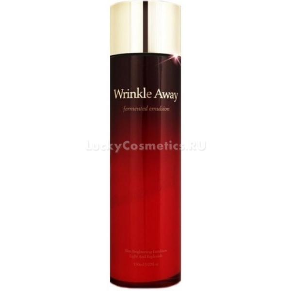 The Skin House Wrinkle Away Fermented EmulsionКомпания The Skin House предлагает высокоэффективное омолаживающее средство для ухода за возрастной кожей лица. Ферментированная эмульсия сочетает в себе действие сыворотки и тонера.<br><br>Эмульсия, как шикарное концентрированное средство, оказывает на кожу омолаживающее действие. Если же средство использовать перед кремами или маскам, то оно усиливает действие косметики и обеспечивает глубокое проникновение полезных веществ в дерму.<br><br>В результате ежедневного применения эмульсии вы заметите осветление пигментных пятен, сокращение количества морщин, улучшение текстуры кожи и ее цвета. Продукт увлажнит, уберет дряблость и вернет лицу отдохнувший внешний вид.<br><br>В составе эмульсии содержатся экстракты корня женьшеня и молочных грибков, березовый сок, аденозин, гиалуроновя кислота, ниацинамид. Они превосходно оздоравливают кожу и помогают поддерживать ее молодость. Эмульсия не вызывает аллергии и раздражений, поскольку в ее формуле нет минеральных масел, парабенов и этанола.Объём: 150 млСпособ применения:Несколько капель эмульсии нанесите на чистую тонизированную кожу лица.<br>
