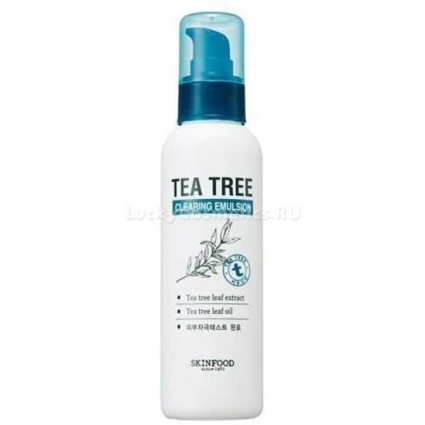 Очищающая эмульсия с экстрактом чайного дерева Skinfood Tea Tree Cleansing EmulsionИздавна настой чайного дерева пользовался популярностью у обладательниц чувствительной кожи. Специалисты лаборатории Skinfood учли это и усовершенствовали свои знания, получив очищающую Tea Tree Cleansing Emulsion эмульсию.<br>Продукт способствует не только тщательному очищению, но и устранению недостатков кожи, делая ее привлекательной и ухоженной. Средство разработано на основе натуральных растительных компонентов и не содержит искусственных красителей и этанола. После использования дарит коже невероятный комфорт и ощущение свежести. Эмульсия обладает легкой тающей текстурой и равномерно ложится на кожу, мгновенно впитывается и восстанавливает ее изнутри. Продукт увлажняет, успокаивает и устраняет шелушения. Способствует ускорению микроциркуляции крови, улучшает обмен веществ и благотворно влияет на цвет лица. При постоянном использовании кожа становится упругой, эластичной и бархатистой.<br>Экстракт зеленого чая великолепно питает и увлажняет дерму, «запечатывает» молекулы влаги внутри клеток. Устраняет акне и угревую сыпь. Идеально подходит для ухода за проблемной и чувствительной кожей.Объём: 135 мл.Способ применения:На предварительно очищенную и тонизированную кожу нанесите средство и распределите легкими похлопывающими движениями.<br>