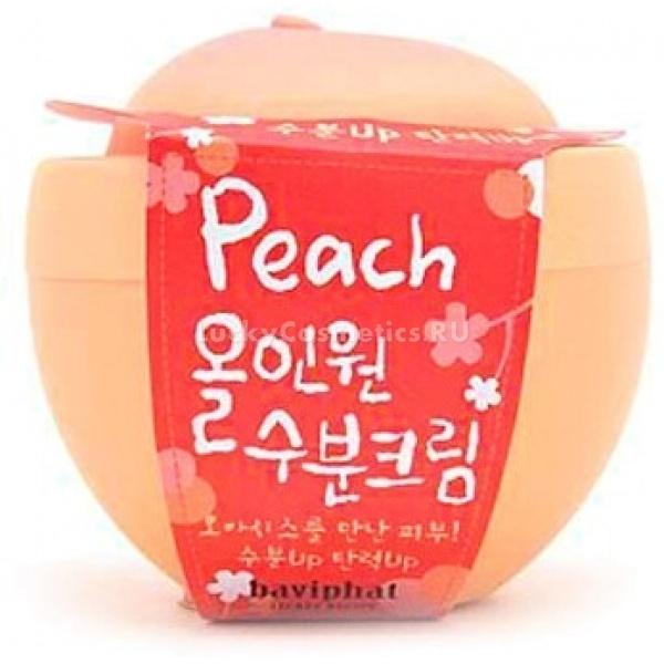 Baviphat Peach Allinone Moisture CreamВ условиях современной жизни кожа лица все чаще стала нуждаться в поддержании здоровья. Отопление, воздух, погода, увы, идут ей не на пользу. Представляем вам легкий крем с эффектом интенсивного увлажнения от корейской марки Baviphat &amp;ndash; Peach All-in-one Moisture Cream. Это универсальное средство предназначено для всех типов кожи: нормальную, комбинированную кожу оно не утяжелит, а сухую бережно увлажнит и смягчит.<br><br>Крем-гель имеет приятный аромат и легкую структуру, что позволяет ему быстро впитываться, без остатка, не создавая неприятного ощущения жирности или непроницаемой пленки на поверхности кожи. Благодаря этому средству кожа приятно бархатистая, обновленная, свежая, увлажненная.<br><br>Правильное сочетание ингредиентов и их пропорции обеспечивают контроль за жирностью кожи, со временем сужая поры. Увлажняющий комплекс, натуральный экстракт плодов персика, витамин С, а также содержащийся в составе бета-глюкан защищают кожу от разрушающих факторов, таких как солнечные лучи, предотвращают появление мелких морщин, и повышают тургор кожи.<br><br>В креме скомпонованы все необходимые свойства увлажняющего крема.<br><br><br>Один из главных компонентов продукта &amp;ndash; экстракт персика, он осветляет тон кожи, при этом питая и заживляя ее.<br>Бета-глюкан входящий в состав средства&amp;nbsp; обновляет кожу, способствует восстановлению коллагеновых волокон, придавая коже упругость и гладкость.<br>Гиалуроновая кислота и алоэ вера &amp;ndash; обеспечивают коже дневную норму влаги, восстанавливают ее структуру, придавая упругость и здоровый цвет.<br>Вытяжка из розмарина, ромашки и календулы благоприятно воздействует на чувствительную кожу, склонную к раздражениям и покраснениям.<br><br><br>Объем: 100 мл.<br><br>Способ применения: очищенную кожу предварительно можно обработать тонизирующим средством, после этого нанесите равномерно крем на лицо в небольшом количестве. Крем можно наносить как в утреннее, так и вечернее 