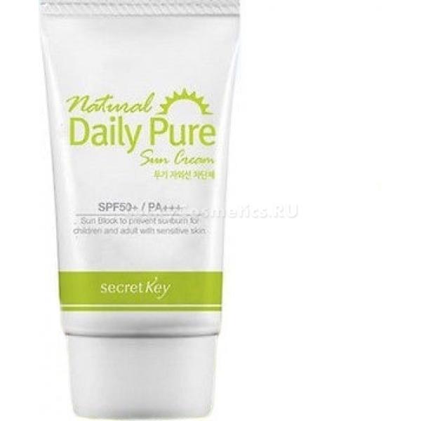 Secret Key Natural Daily Pure Sun Cream SPFPAСолнцезащитный крем от компании Secret Key легко наносится на кожу благодаря своей легкой текстуре. В состав были включены растительные экстракты, которые освежают и оздоравливают поверхность. Крем отлично справляется со своей основной функцией &amp;ndash; он бережет кожу от негативного солнечного воздействия. Предотвращение активности свободных радикалов позволяет составу хранить кожу от фотостарения и раздражений.<br><br>Однако данное средство имеет также уходовый эффект. При создании формулы были использованы экстракты многих полезных растений &amp;ndash; зеленого чая, ромашки, гибискуса и других. Благодаря этому крем эффективно увлажняет поверхность и противостоит воспалениям.<br><br>Прекрасно сочетается с любыми средствами из декоративной косметики, что позволяет без опаски наносить макияж даже в самую жаркую погоду. Удерживает тональную основу.<br><br>Подходит для всех типов кожи, в том числе для очень чувствительной и проблемной. Можно использовать даже маленьким детям.<br><br>&amp;nbsp;<br><br>Объём: 30 мл<br><br>&amp;nbsp;<br><br>Способ применения:<br><br>Выдавить крем на руку либо непосредственно на область нанесения и тонким слоем распределить по всей поверхности, которая будет поддаваться солнечному воздействию. Крем должен впитаться.<br>