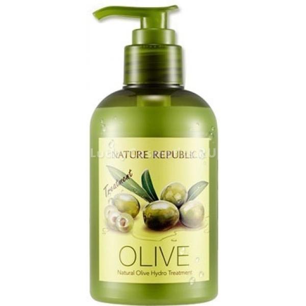 Nature Republic Natural Olive Hydro TreatmentКондиционер для волос от корейского производителя натуральной косметики Nature Republic изготовлен на основе богатого полезными веществами оливкового масла. Он дарит волосам невероятную, шелковую гладкость, волшебный, зеркальный блеск, густоту, силу и увлажненность.<br><br>В состав Natural Olive Hydro Treatment также входят уникальные растительные экстракты, которые оказывают прекрасный и полноценный уход за волосами и кожей головы. Среди них женьшень, клен, мандарин, дикая хризантема, ягоды годжи, мята и многие другие. Кондиционер также содержит салициловую кислоту и D- пантенол.<br><br>Оливковое масло в составе продукта наделяет волосы силой и прочностью, придает им эластичность, шелковую гладкость, натуральный блеск, необычайную густоту, а также активизирует их рост и интенсивно увлажняет и питает кожу головы. К тому же, продукт содержит мощные природные антиоксиданты, которые защищают волосяной покров от разрушения под воздействием окислителей окружающей среды.<br><br>При регулярном использовании волосы становятся заметно гуще, здоровее и сильнее. Они приобретают гладкий, ухоженный вид и быстрее растут. Расчесывать волосы становится намного легче, они медленнее становятся жирными, а кожа головы успокаивается.<br><br>&amp;nbsp;<br><br>Объём: 310 мл.<br><br>&amp;nbsp;<br><br>Способ применения:<br><br>Наносить на чистые, влажные волосы массажными движениями, оставить на 5 минут, после чего смыть при помощи теплой воды.<br>