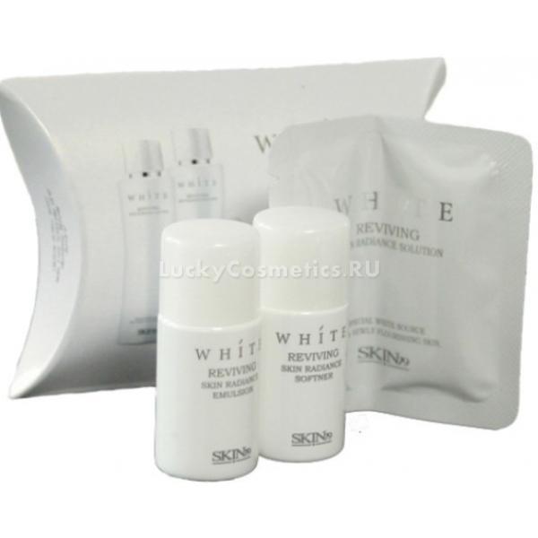 Skin White Reviving Skin Radiance Solution Mini SetШикарный набор для осветления кожи лица, состоящий из трех средств: Софтнер, эмульсия и крем для лица. Увлажняющий софтнер Skin79 White Reviving Skin Radiance Softner является незаменимым источником белизны для яркой и сияющей кожи. Софтнер обладает уникальным отбеливающим эффектом, размягчает огрубевшие области кожи, подготавливает ее к более интенсивному впитыванию отбеливающих средств, поддерживает водный баланс, делает заметно светлее и чище. Компонент, который входит в состав софтнера Flora-WH, включает в себя запатентованный фильтрат буддлеи и ниацинамид, благодаря которому кожа освежается изнутри, а салициловая кислота в его составе убирает ороговевшие клетки, делает ее нежной и сияющей. Совокупность микроэлементов для регенерации кожи с фуллеренами и жемчугом защищают ее от вредного воздействий ультрафиолетового излучения, а гиалуроновая кислота и Fucogel-1000 сохраняют кожу увлажненной и подтянутой на протяжении всего дня. Увлажняющая эмульсия для осветления пигментации Skin79 White Reviving Skin Radiance Emulsion контролирует водный и жировой обмен, освежает и выравнивает усталую, безжизненную и увядшую кожу. Альфа-бисаболол и ацетил глюкозамин придают коже жизненный тонус и делают ее более гладкой и мягкой, а бетаин поддерживает ее яркость и сияющий вид на протяжении всего дня. Увлажняющий и осветляющий крем Skin79 White Reviving Skin Radiance Cream с комплексом Flora-WH из цветов, предотвращает формирование меланина, придавая коже лица еще больше естественного сияния. Эликсир энотеры и антарктицин обеспечивают питание и увлажнение кожи, создают защитный барьер.<br><br>&amp;nbsp;<br><br>Объём: 10мл.+ 10 мл. +&amp;nbsp;1мл.<br><br>&amp;nbsp;<br><br>Способ применения:<br><br>После предварительного очищения кожи необходимо нанести небольшое количество софтнера на область лица до его полного впитывания. После использования отбеливающего софтнера нанесите эмульсию на все лицо, дайте немного времени для впитыва