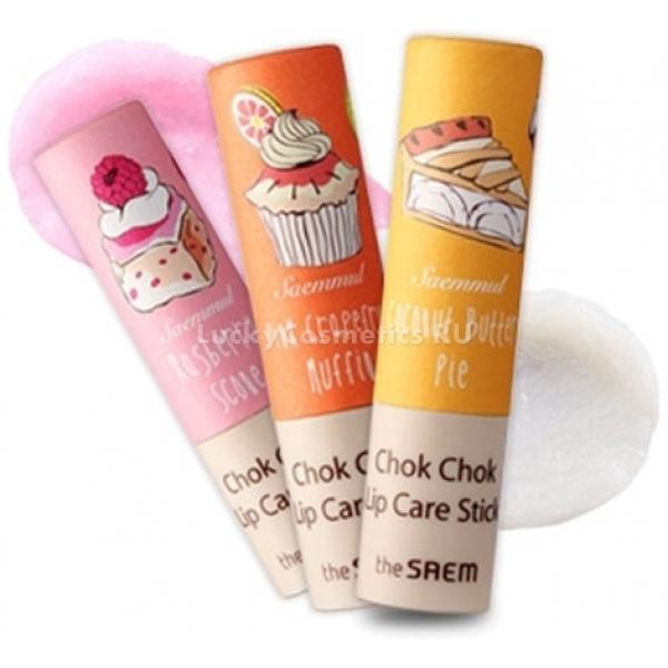 The Saem Saemmul Chok Chok Lipcare StickСредство для губ в стике от корейского производителя косметики The Saem разработано для бережного ухода за кожей. В составе бальзама содержится большое количество природных ингредиентов, в том числе розовая вода, масла органы и кокоса, березовый сок и ланолин. Губы получают защиту от солнечных лучей, ветра и холода.<br><br>Бальзам имеет надежный УФ-фильтр SPF10. Витамин Е в формуле декоративного средства снимает зуд, выводит из клеток токсины, разглаживает морщинки и позволяет затормозить процессы преждевременного старения кожи.<br><br>Ароматный блеск очень удобен в использовании, благодаря своей форме стика и приятной текстуре. Он мягко наносится и дарит губам нежный благородный оттенок и соблазнительный блеск. Кожа получает увлажнение и питание. При этом средство не растекается и не доставляет дискомфорта в виде ощущения липкости.<br><br>&amp;nbsp;<br><br>Объём: 4 мл<br><br>&amp;nbsp;<br><br>Способ применения:<br><br>Бальзам следует наносить по мере необходимости на чистую кожу губ легким аккуратным движением.<br>
