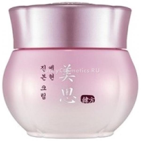 Missha Misa Yei Hyun CreamЦелебные вытяжки из восточных растений веками использовались красавицами для омоложения и питания кожи. И на сегодняшний день эти уникальные рецепты не утеряны, и воспользоваться косметическими ухаживающими средствами, приготовленными на их основе, может практически каждая женщина.<br><br>Misa Yei Hyun Cream, созданный косметологами Missha, - это средство, которое может вернуть коже упругость, здоровый цвет и молодость. И кроме того, крем защищает от негативного, травмирующего влияния извне.<br><br>Основа формулы &amp;ndash; вытяжка из корней сосны японской красной. Основное отличие этого дерева &amp;ndash; чрезвычайно сильная способность к выживанию. Умение противостоять негативно влияющим природным агентам этот экстракт передает и эпидермальным клеткам.<br><br>В составе омолаживающего крема присутствует и экстракт, получаемый из корней женьшеня. Это антивозрастной компонент, дарящий коже вторую молодость.<br><br>Вытяжка из растения рехмании &amp;ndash; благоприятно воздействующий на микроциркуляторное русло компонент косметической формулы. Его влияние способствует насыщению кожи кислородом.<br><br>Гриб мацутакэ, а точнее, его экстракт, выступает как отбеливающий компонент состава, способный избавить от пигментных пятен.<br><br>Состав этого омолаживающего и питающего кожу крема уникален. Воспользуйтесь же благами восточной медицины для возрождения своей молодости.<br><br>&amp;nbsp;<br><br>Объём: 50 мл<br><br>&amp;nbsp;<br><br>Способ применения:<br><br>После очищения и тонизирования, а также использования эмульсии или эссенции из этой же линейки аккуратно нанесите крем.<br>