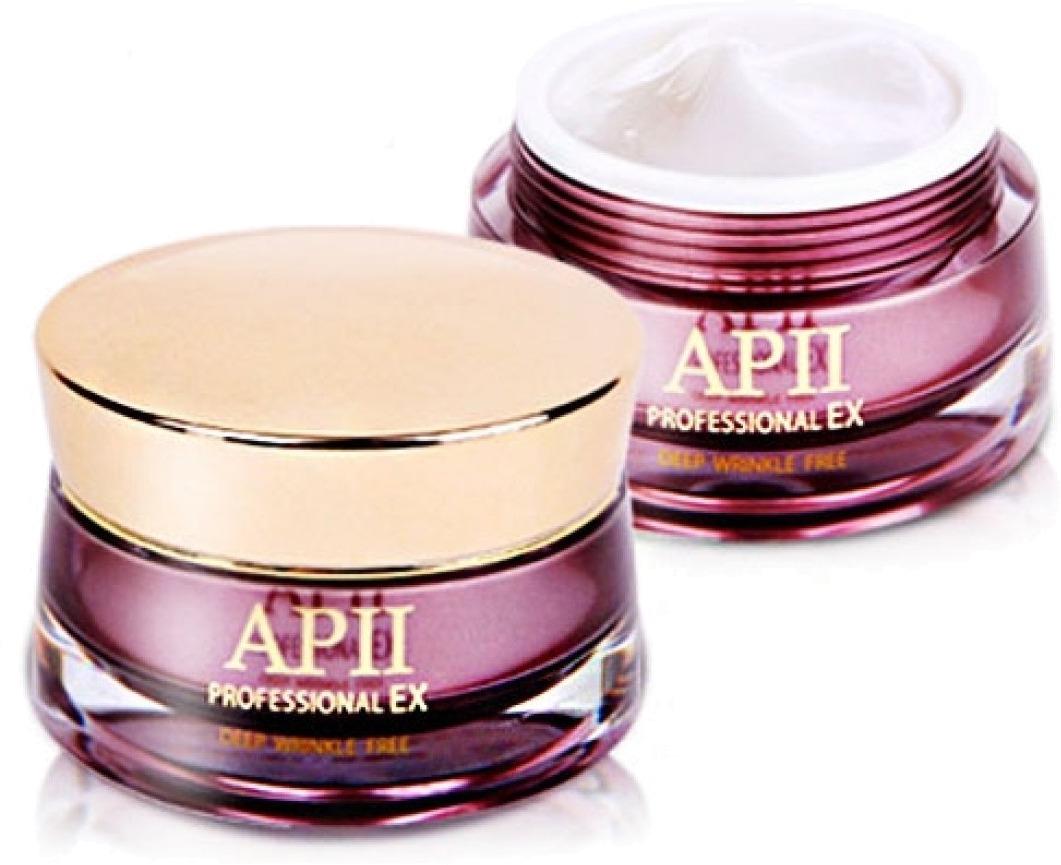 The Skin House APII Professional EX Deep Wrinkle FreeЭтот крем является прекрасным помощником в уходе за зрелой кожей с такими проявившимися возрастными дефектами, как глубокие морщины, недостаток тонуса и эластичности, а также тусклый оттенок. Он имеет консистенцию средней плотности, а также обладает ультра-быстрой впитываемостью, что позволяет исключить образование неприятной пленки. Данное свойство делает этот продукт идеальной базой для вашего ежедневного макияжа. Состав крема включает в себя эксклюзивный комплекс, который ведет направленную борьбу с ключевыми возрастными изменениями эпидермиса. Курс использования продукта позволит разгладить даже самые глубокие морщинки, существенно повысить упругость кожи, придать ей здоровый тон, а также сделать лицевой овал более четким. Для достижения наиболее положительного результата, продукт рекомендуется применять дважды в день. Сохраните красоту и молодой вид вашей кожи, применяя этот крем от бренда The Skin House!Объём: 50 млСпособ применения:Средство требуется применять ежедневно на очищенной коже после вечерней и утренней процедур умывания.<br>