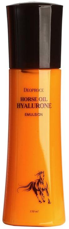 Deoproce Horse Oil Hyalurone EmulsionЭмульсия &amp;ndash; дополнительное увлажняющее средство, второй шаг согласно азиатской системе ухода за кожей. Используется поверх миста, чтобы усилить его эффект. Horse Emulsion от популярного корейского бренда Deoproce содержит конский жир, близкий по структуре к липидам человека и гиалуроновую кислоту. Поэтому к увлажняющему действию эмульсии Oil Hyalurone добавляются питательные и защитные свойства.<br><br>Лошадиное масло восстанавливает липидный барьер, который не дает влаге испаряться, а гиалуроновая кислота образует покрытие, замыкающее влагу в клетках кожи.<br><br>Результат &amp;ndash; кожа мягкая и увлажненная, упругая на ощупь, держит объем и не образует морщинок, обретает нежное сияние.<br><br>&amp;nbsp;<br><br>Объём: 150 мл.<br><br>&amp;nbsp;<br><br>Способ применения:<br><br>Используйте на чистой коже после увлажнения мистом. Наносить подушечками пальцев, слегка массируя.<br>