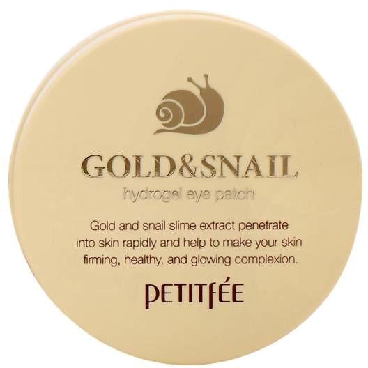 Petitfee Hydro Gel Eye Patch Gold And SnailПатчи для глаз на основе муцина улитки и 24-каратного золота созданы косметологами компании Petitfee специально для ухода за чувствительной кожей. Они отличаются высокой эффективностью и удобством использования. Пластыри локального действия уже после первого применения заметно улучшат состояние кожи. При регулярном использовании они предотвратят появление морщин и других возрастных изменений.<br><br>Косметические патчи из гидрогеля также оказывают осветляющее действие. Они делают кожу эластичной, мягкой и увлажненной, устраняют следы усталости. Главные действующие компоненты средства &amp;ndash; секрет улитки и коллоидное золото. Они увлажняют кожу, усиливают регенерацию тканей, заживляют небольшие повреждения и нормализуют обменные процессы. Эластин, аллантоин и коллаген возвращают лицу свежий подтянутый вид и препятствуют старению.<br><br>Гелевая эссенция, реагируя на температуру кожи, проникает в глубокие слои. Пластыри просты в использовании. Баночка укомплектована специальной пластиковой лопаткой, которой очень удобно доставать пластинки. Хранить средство рекомендуется в холодильнике.<br><br>&amp;nbsp;<br><br>Объём: 1 уп. - 60 шт<br><br>&amp;nbsp;<br><br>Способ применения:<br><br>Достаньте патчи из контейнера с помощью лопатки. Разместите на чистой коже вокруг глаз, направив острый кончик к переносице. Чтобы добиться плотного прилегания, используйте похлопывающие движения. Снимите патч через 20 минут. Остаткам средства дайте впитаться.<br>