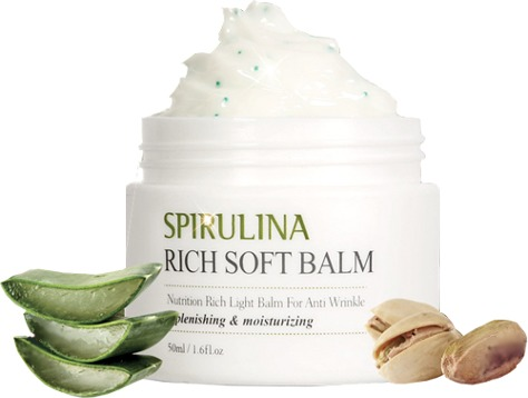 The Skin House Spirulina Rich Soft Balm Spirulina Rich Soft BalmКрем-бальзам с экстрактом водорослей от корейского бренда The Skin House – это интенсивное питание, увлажнение и антивозрастной уход за кожей. Высокая эффективность продукта обусловлена сбалансированным составом растительных вытяжек и масел.<br><br>Мягкий крем обладает легкой освежающей текстурой и может быть использован для любого типа кожи. Спирулина в составе бальзама превосходно корректирует возрастные изменения, возвращая коже эластичность и упругость. Экстракт водорослей содержит 18 аминокислот, а также калий, селен, магний и хром, что делает его незаменимым ингредиентом антивозрастной косметики. Также органический состав средства богат маслами жожоба и макадамии, розовым маслом, соком алое вера, коллагеном.<br><br>Бальзам укрепляет капилляры, способствует избавлению клеток от шлаков и токсинов, стимулирует кровообращения. При регулярном использовании он возвращает коже упругость, снимает отеки и оказывает лифтинговое действие. Баночка имеет простой лаконичный дизайн, который украсит любой туалетный столик.Объём: 50 млСпособ применения:Нанести на чистую кожу лица, соблюдая массажные линии.<br>