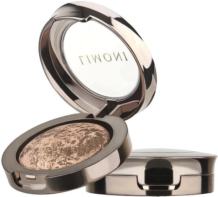 Limoni Galaxy Eye ShadowЗапеченные тени &amp;laquo;Galaxy&amp;raquo; от косметического бренда Limoni имеют невесомую текстуру, которая обеспечивает их легкое нанесение и приятные ощущения при ношении. Они создают на веках насыщенное сверкающее покрытие, которое держится на протяжении всего дня. Перламутровые переливы теней придают глазам выразительность, подчеркивают их цвет и делают взгляд глубоким, игривым и привлекательным.<br><br>Состав теней богат содержанием полезных компонентов, которые благотворно влияют на состояние кожи век.<br><br>Гиалуроновая кислота наполняет кожу влагой, препятствует ее испарению с поверхности кожи, защищает от сухости.<br><br>Витамин Е питает и придает коже защитные свойства, борясь со свободными радикалами окружающей среды.<br><br>УФ-фильтр препятствует раннему увяданию кожи, создавая барьер на пути солнечных лучей.<br><br>Масло ши, входящее в состав теней, обеспечивает интенсивное увлажнение и питание для кожи век. Оно препятствует разрушительному действию ультрафиолета на кожу.<br><br>Вытяжка ромашки снимает раздражения и воспаления, убирает покраснения. Тени обладают великолепной стойкостью. Они не теряют насыщенности цвета на протяжении всего дня, не рассыпаются и не текут. Они ложатся на веки равномерным, гладким слоем, скрывая морщинки и другие недостатки кожи.<br><br>Благодаря легкой текстуре, тени можно наносить с различной интенсивностью. С их помощью можно создать как легкий макияж, так и яркий вечерний.<br><br>Запеченные тени для век можно также наносить двумя способами: сухим и влажным. Они подходят для любого типа кожи, не вызывая раздражений и сухости. Тени прекрасно сочетают блеск и перламутровое сияние с насыщенным цветом.<br><br>&amp;nbsp;<br><br>Объём: 3 гр.<br><br>&amp;nbsp;<br><br>Способ применения:<br><br>Наносить тени рекомендуется на специальную основу при помощи специальной кисти.<br>