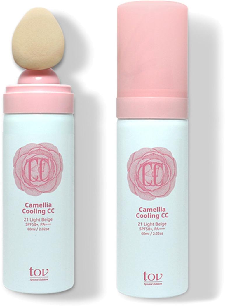 TOV Camellia Cooling CC Cream SPF PAСнять раздражение и придать коже свежий и сияющий вид поможет серия средств Camellia. Крем Cooling CC Cream SPF50+, PA+++ обладает приятной охлаждающей текстурой, которая мгновенно успокоит и восстановит цвет лица. Уникальная питательная формула позволяет моментально скрыть шелушение, покраснение и раздражение кожи. Дарит невероятную свежесть и сияющий вид. Крем на 65% состоит из экстракта японской камелии, которая чрезвычайно богата природными антиоксидантами и витаминами. Благодаря этому Вы не только скроете недостатки, но и решите проблему высыпаний и раздражения.<br>Натуральная основа крема равномерно ложится на кожу и не скатывается в течение дня. Макияж остается свежим и аккуратным, а кожа увлажненной с утра и до вечера. Уникальная формула продукта сочетает в себе несколько основных направлений действия:<br>- защита нежной кожи от пагубного влияния факторов окружающей среды;<br>- увлажнение и глубокое питание клеток;<br>- поддержка естественного уровня pH кожи.<br>Формула продукта позволяет подстраиваться крему под тон кожи и скрывать оптические неровности, при этом кожа выглядит естественной и аккуратной.Объём: 60 мл.Способ применения:Встряхните флакон и выдавите необходимое количество продукта на специальную кисть или аппликатор. Нанесите крем на кожу и тщательно растушуйте.<br>