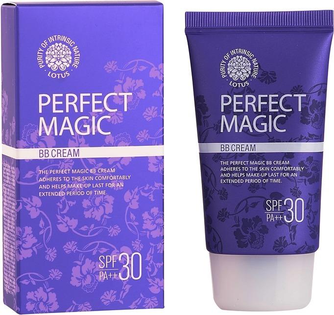 BB Welcos Lotus Perfect Magic BB CreamИдеальное маскирующее средство поможет создать качественный макияж, а также оздоровить, омолодить кожу лица. Таким удивительным бонусом обладает BB-крем от известного корейского бренда.<br><br>Попробовав этот бьюти-продукт, вы убедитесь, что с Welcos Lotus поддерживать кожу в отличном состоянии очень легко. Многофукнциональное средство, по заявлению азиатских косметологов, выполняет следующие обещания:<br>маскирует дефекты (постакне, пигментацию, небольшие складочки и шрамики);<br>выравнивает бугристый рельеф;<br>питает кожу;<br>предупреждает фотостарение дермы;<br>защищает от агрессивных УФ-лучей.<br><br>Особенно радует феноменальная способность бибика Perfect Magic BB подстраиваться под любой тон кожи. На лицо он ложится незаметной вуалью и гарантирует естественный нюдовый макияж. Каждую клеточку кожи крем наполняет энергией ценных растительных экстрактов.<br><br>BB-средство не зукупоривает поры и не препятствует «дыханию» кожи. Дает покрытие средней плотности. Крем могут использовать обладательницы любого типа кожи без возрастных ограничений.Объём: 50 млСпособ применения:Легкими, не растягивающими кожу движениями нанесите крем на лицо. Дайте впитаться.<br>