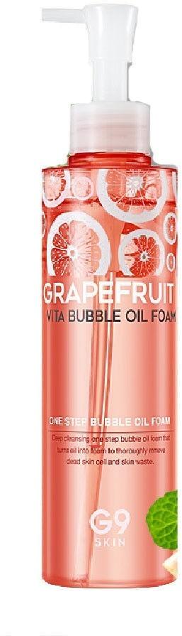 Пенка - масло для умывания с экстрактом грейпфрута Berrisom Grapefruit Vita Bubble Oil FoamПосле умывания кожа становится словно чужая, сухая и безжизненная. Закройте привычное средство для умывания, откройте для своей кожи фруктовый заряд красоты и мягкости вместе с очищающей пенкой – маслом от Berrisom. Инновационное средство 2 в 1 при легком касании превращается из масла в пенку для умывания. Мягкая текстура средства превосходно очищает кожу от любого вида макияжа и предотвращает ее пересыхание. Кожа становится мягкой, нежной и бархатистой, как у младенца. Специальная многофункциональная формула средства не только удаляет загрязнения, но и заботится о продлении молодости Вашей кожи. Легкий состав из натуральных растительных и витаминных добавок позволяет решить основные кожные проблемы: сухость, шелушение, стянутость, покраснение, зуд.<br>Ведущим компонентом в составе средства является экстракт грейпфрута, который необычайно богат витамином С, органическими кислотами, клетчаткой и каротином. Все эти вещества стимулируют выработку коллагена, усиливают микроциркуляцию крови, замедляя старение и уменьшая морщины.<br>Масло виноградных косточек мягко успокаивает, снимает зуд и раздражение, защищает от негативного влияния факторов окружающей среды.<br>Масло оливы снимает шелушение, устранят сухость и дарит коже гладкость.Объём: 210 мл.Способ применения:Выдавите необходимое количество средства на влажные ладони, слегка вспеньте и нанесите на кожу лица. Помассируйте удаляя макияж и загрязнения, смойте теплой водой.<br>