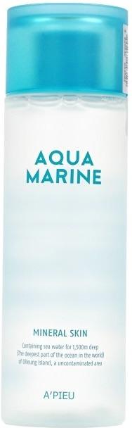 Минеральный тонер с морской водой APieu Aqua Marine Mineral SkinНежная и легкая линейка ухаживающих средств Aqua Marine от корейского бренда APieu вернет коже гладкость и сияние. Невероятно легкая текстура средства мгновенно питает и увлажняет сухую кожу после снятия макияжа. Средство дарит чувство комфорта, не сушит и не стягивает. Глубоко проникая в слои кожи средство активирует выработку коллагена, усиливает клеточное дыхание и дарит эластичность. Кроме того, активные компоненты средства защищают кожу от негативного воздействия ультрафиолета, стрессов и факторов окружающей среды. Прекрасно устраняет шелушения и покраснения, блокирует размножение бактерий в порах и глубоко очищает.<br>Экстракт морских водорослей обладает мощным антивозрастным, антибактериальным и тонизирующим действием. Восстанавливает природный уровень влажности кожи, усиливает циркуляцию крови и укрепляет стенки сосудов.<br>Морская вода в составе продукта заполняет и разглаживает морщины, устраняет сухость и дряблость кожи, усиливает защитные функции кожи и стимулирует выработку собственного коллагена.Объём: 180 мл.Способ применения:Смочите ватный диск или спонж необходимым количеством средства и слегка протрите очищенную от косметики кожу.<br>